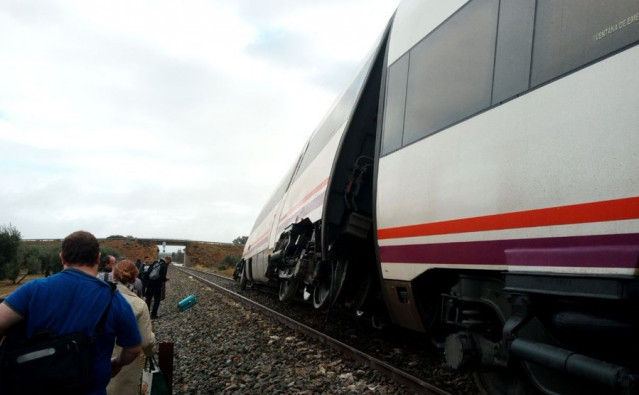 Descarrila tren malaga sevilla