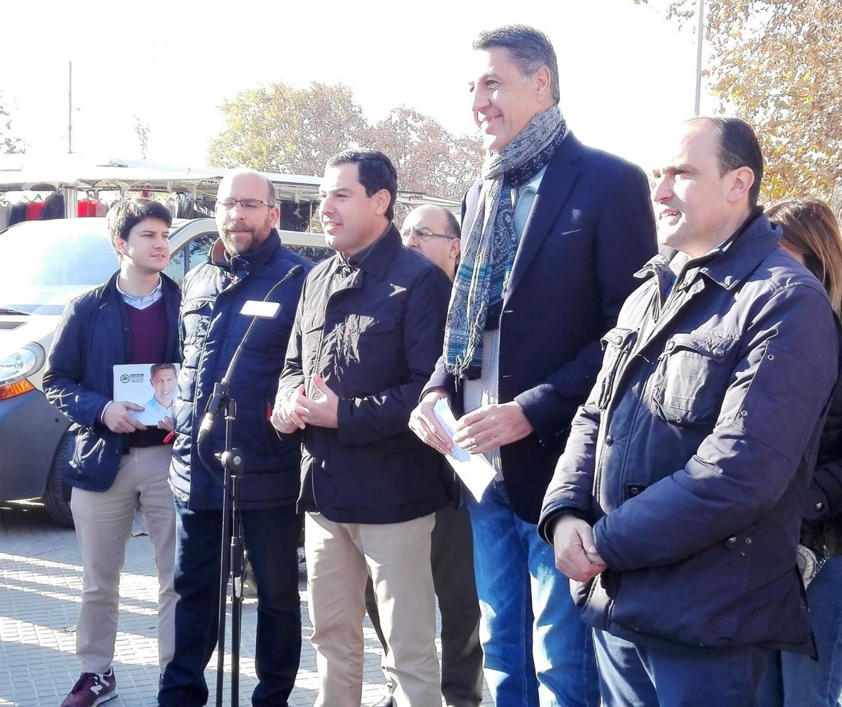 Xavier Garcia Albiol y Juanma Moreno (PP) en un acto electoral (El Prat)