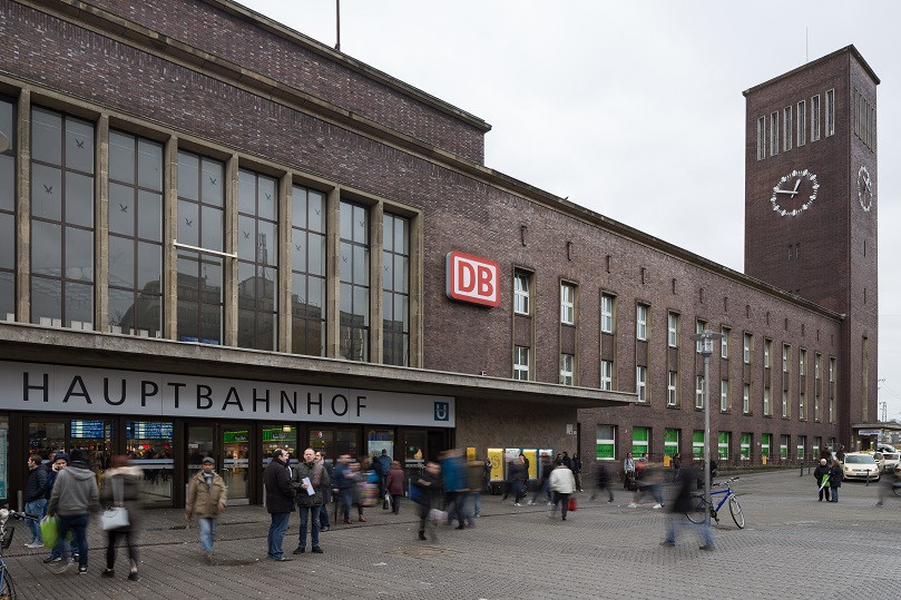 Du00fcsseldorfer Hauptbahnhofs