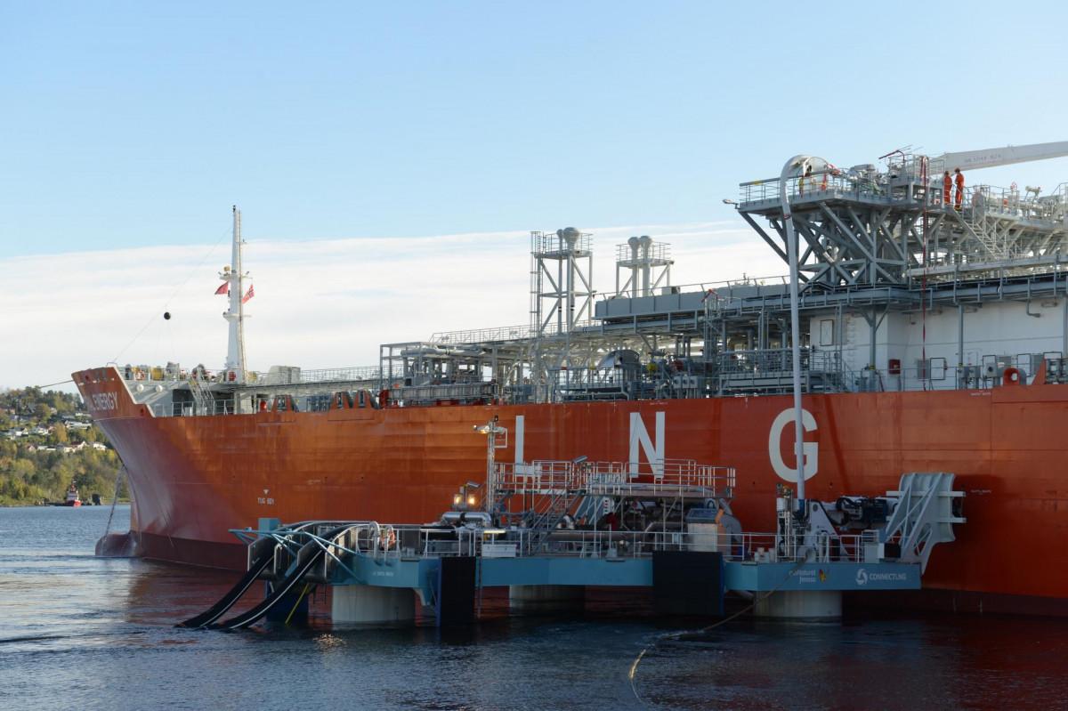 DirectLink LNG, el primer sistema flotante de transferencia de GNL