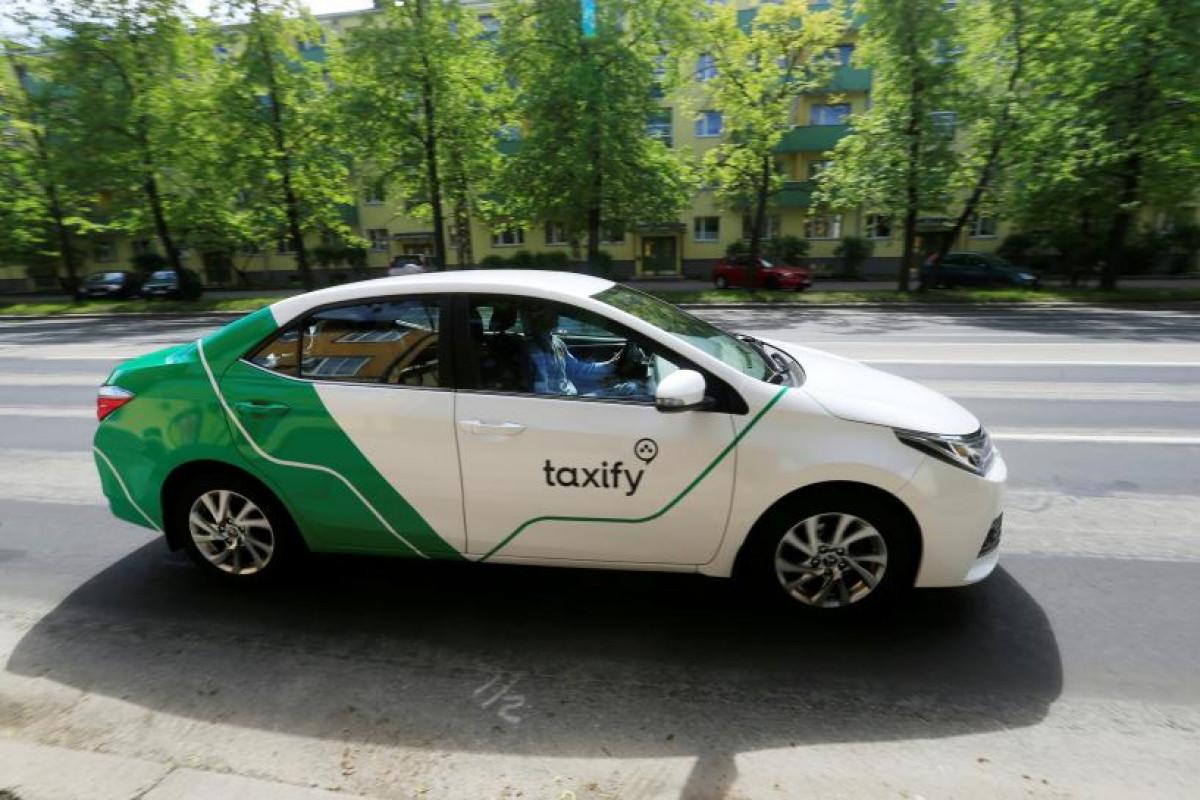 Un coche de Taxify