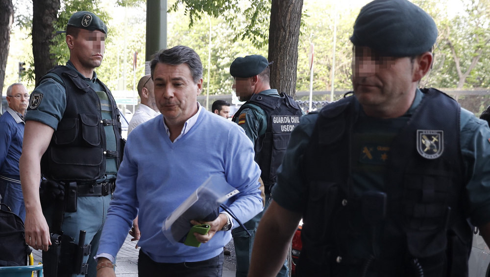 IgnacioGonzlezconmiembrosdelaUCO