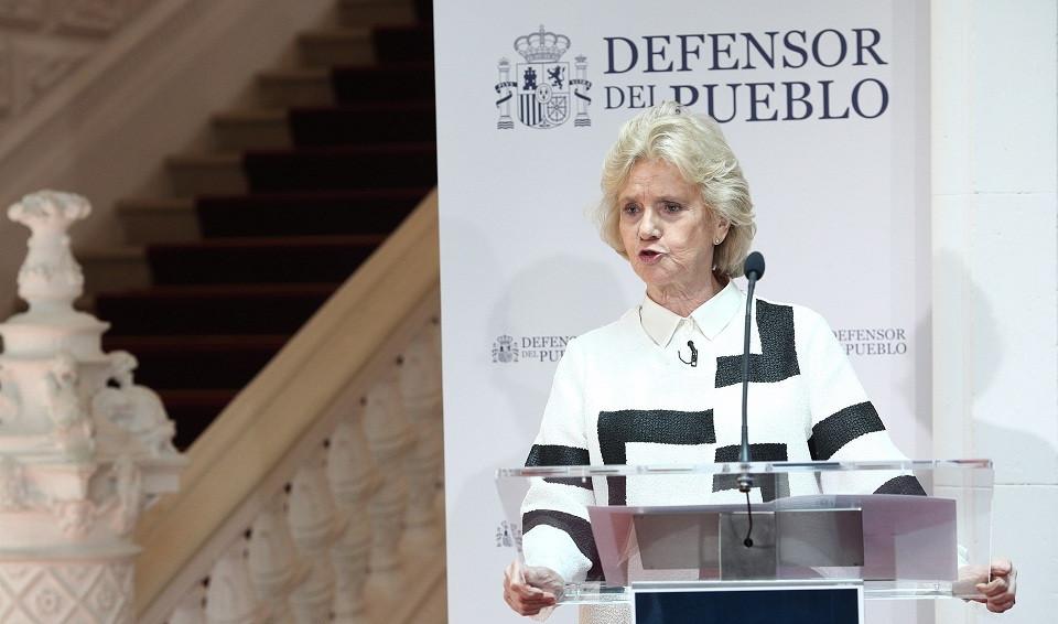 La Defensora delPueblo Soledad becerril