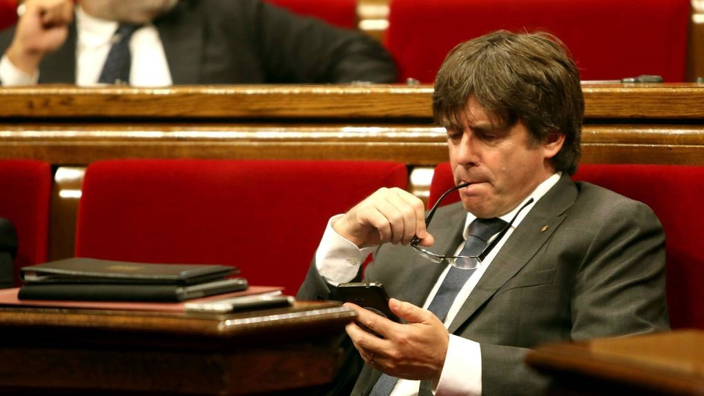 Puigdemont Parlament movil