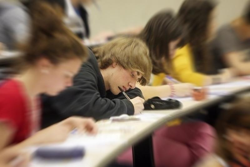 Abandono escolar phixr