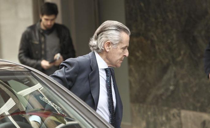 Rato, Blesa y Sánchez Barcoj declararán hoy como imputados por el uso de las 'tarjetas B''