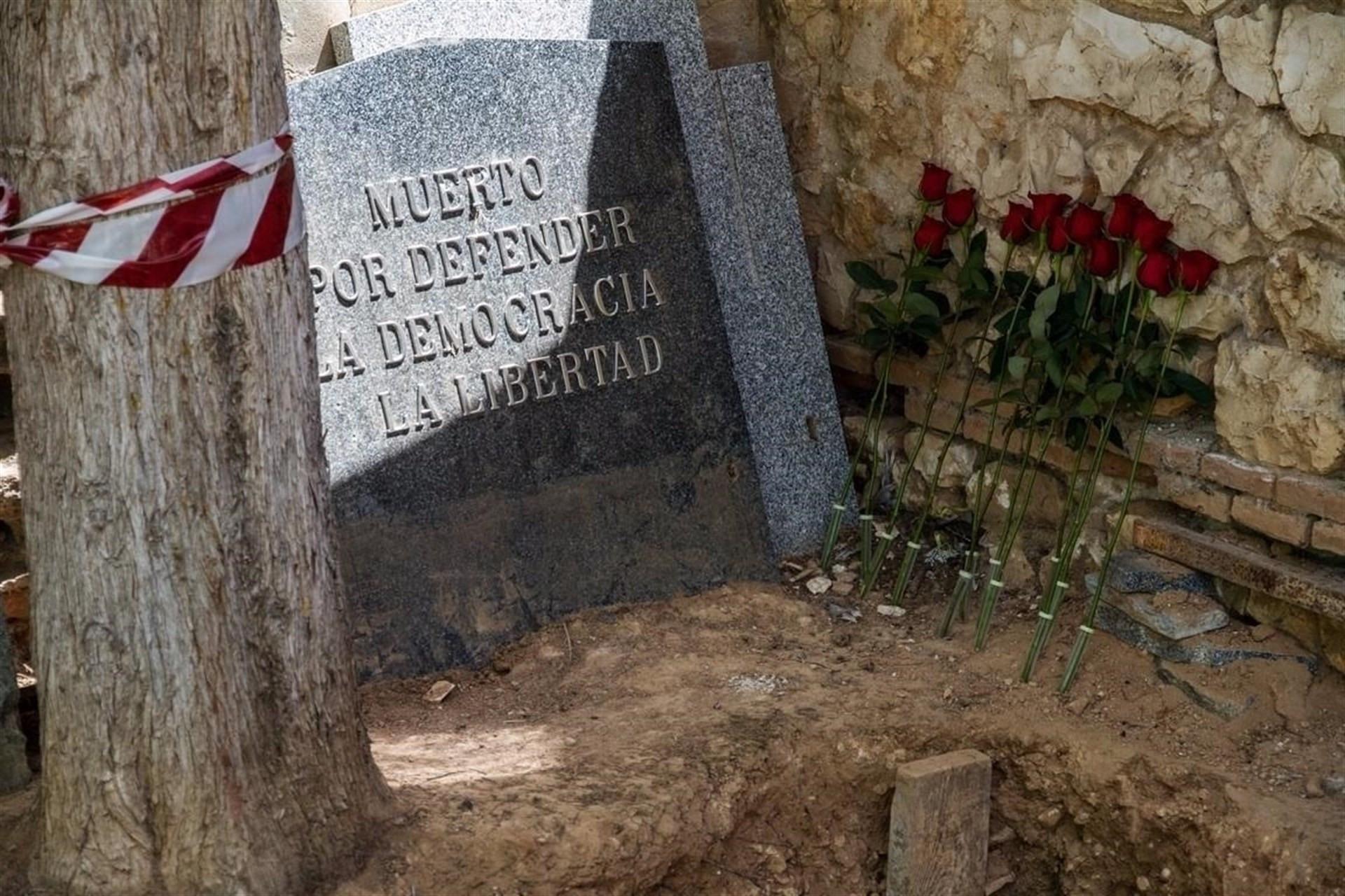 Exhumacionenuncementerio