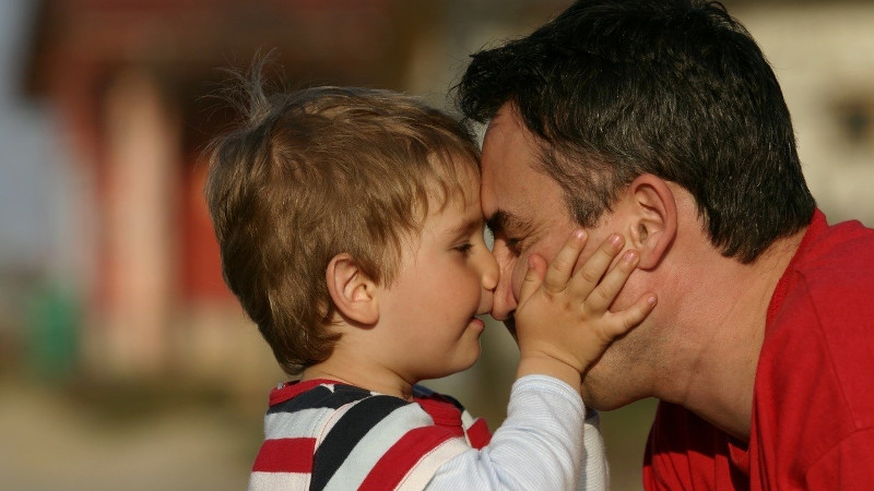 Padrepaternidadcuidadohijosconciliacioncorresponsabilidad