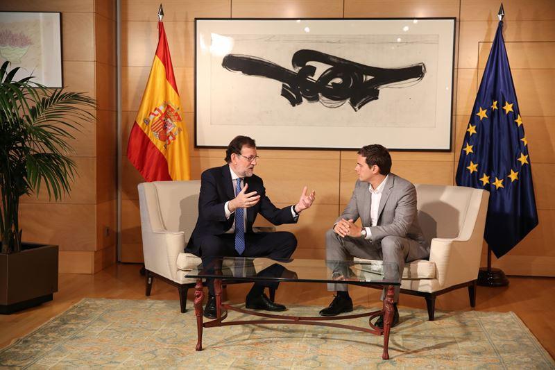 Rajoy y Rivera durante una reunión