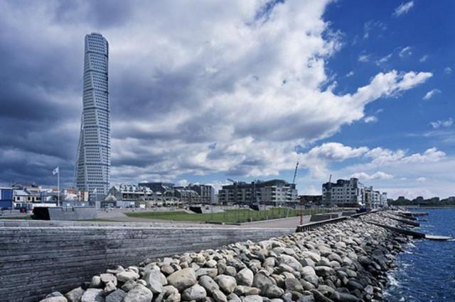 calatrava recibe el premio year award por su edificio turning torso en malm