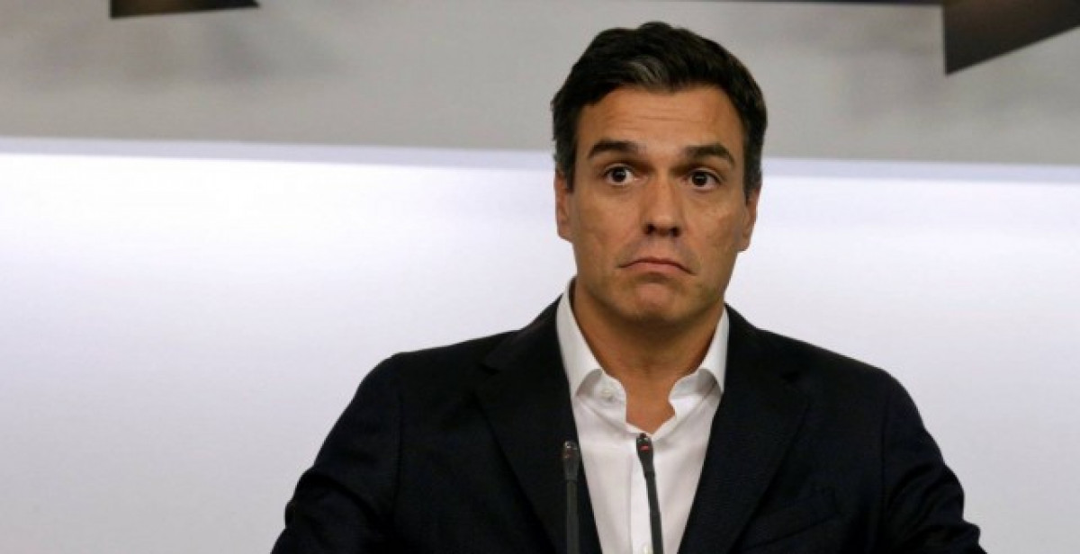 Pedro sanchez caida 1 3