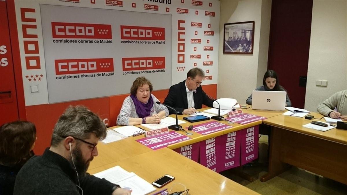 Jaime Cedru00fan y Pilar Morales en rueda de prensa CCOO Madrid