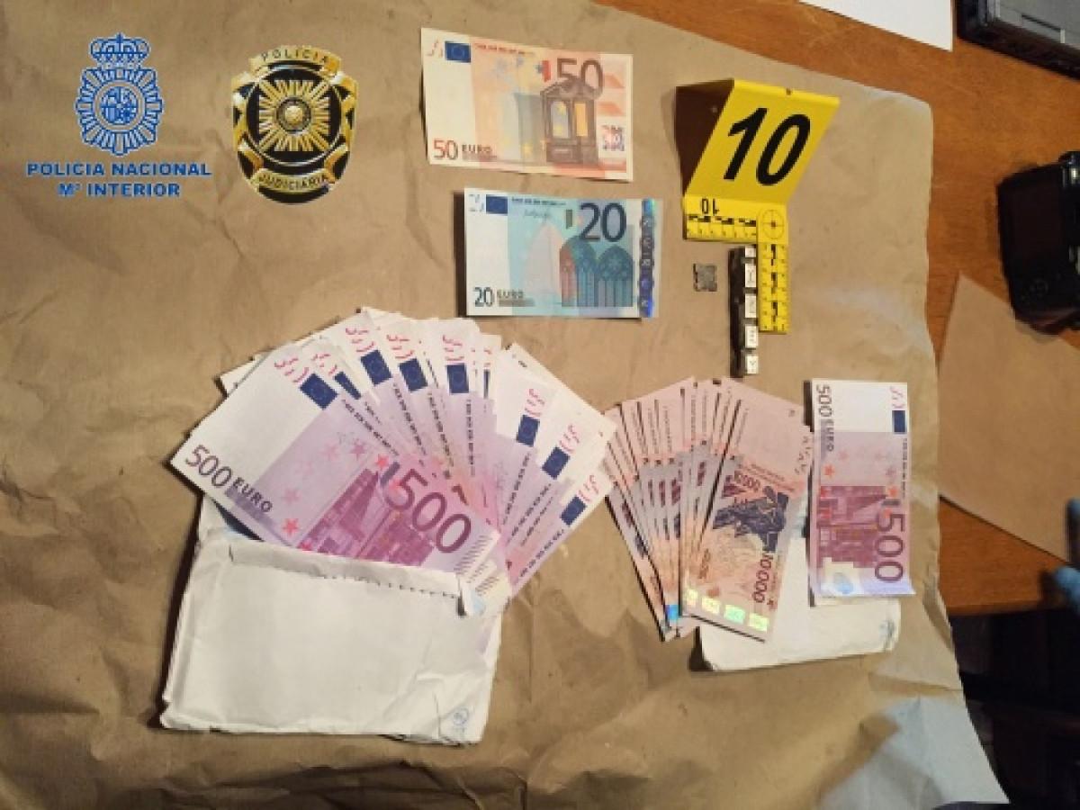 Desmantelado un taller clandestino de moneda falsa e intervenidos 70.000 euros falsos y 140.000 francos de Repu00fablica Centroafricana