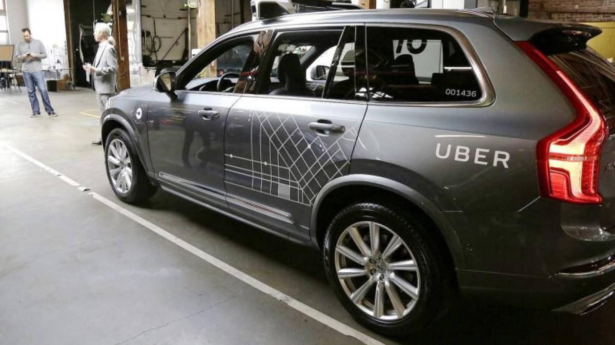 Coche autou0301nomo de Uber
