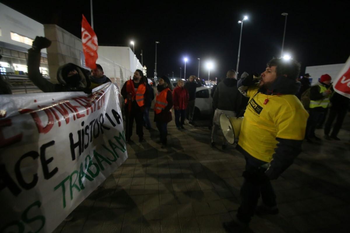 Seguimiento huelga de Amazon en San Fernando de Henares CCOO