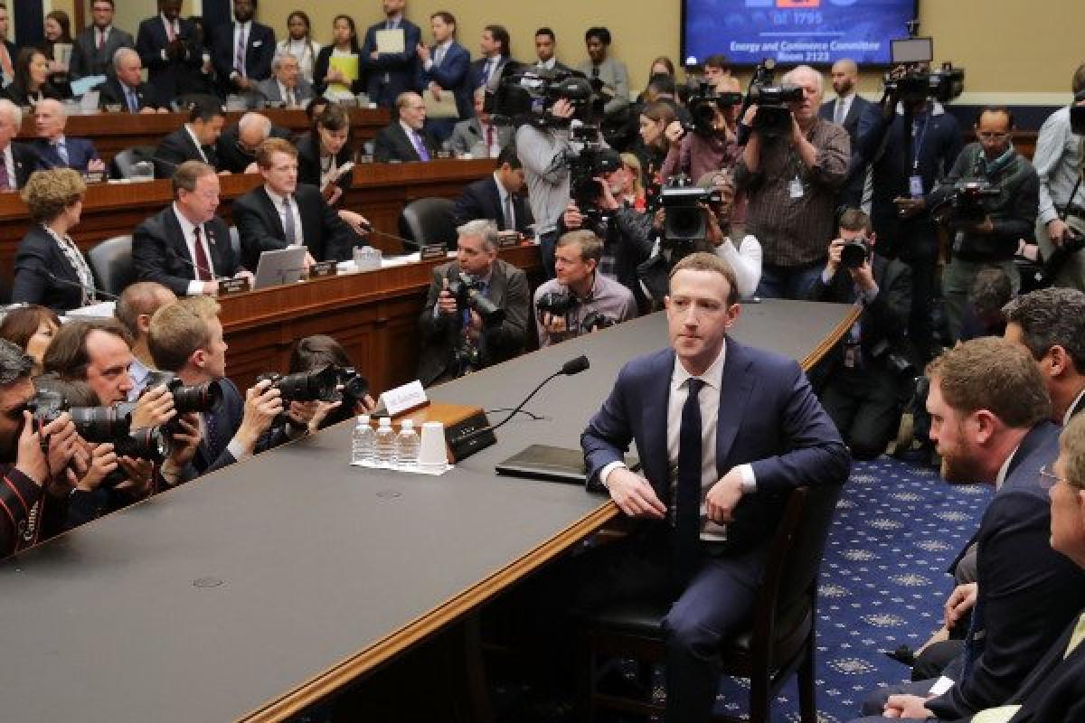 Zuckerberg en el Congreso