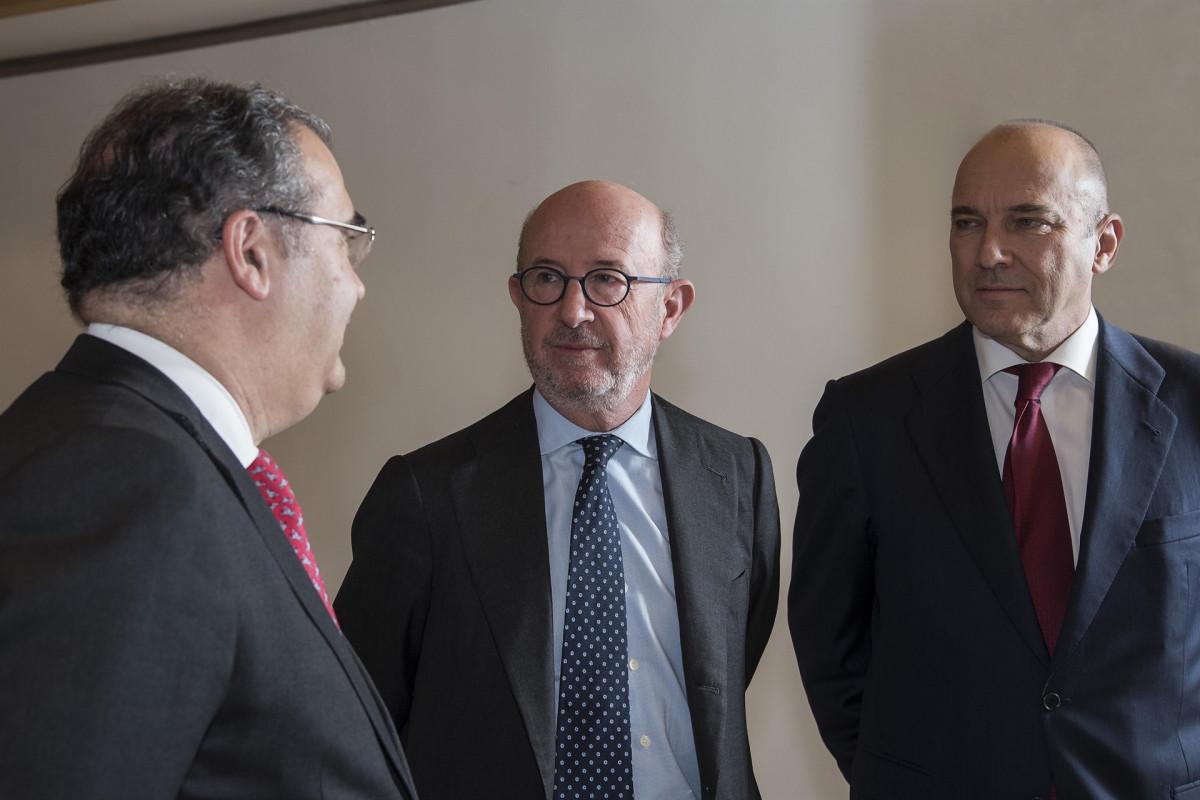 u00c1ngel Ron, Emilio Saracho y Pedro Larena