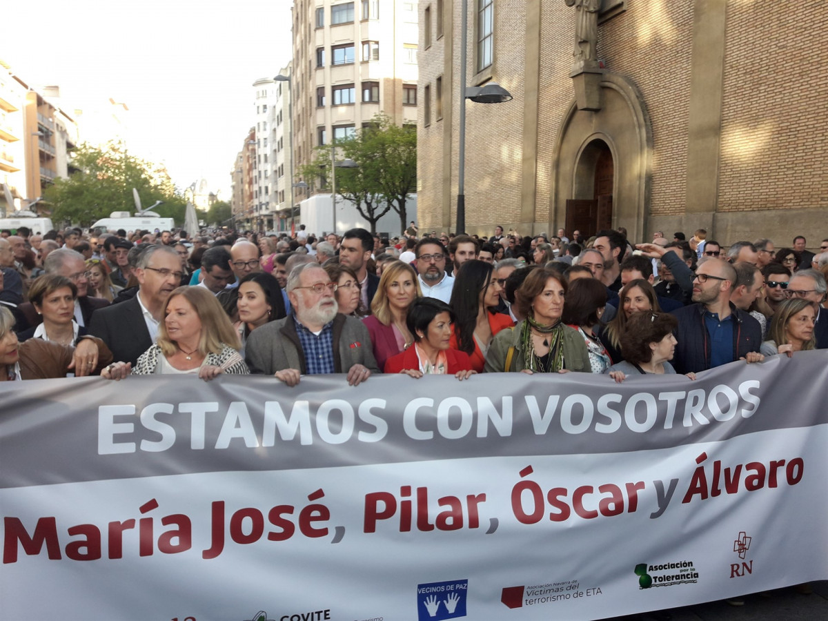 Concentraciu00f3n de apoyo en Pamplona a los guardias civiles agredidos en Alsasua