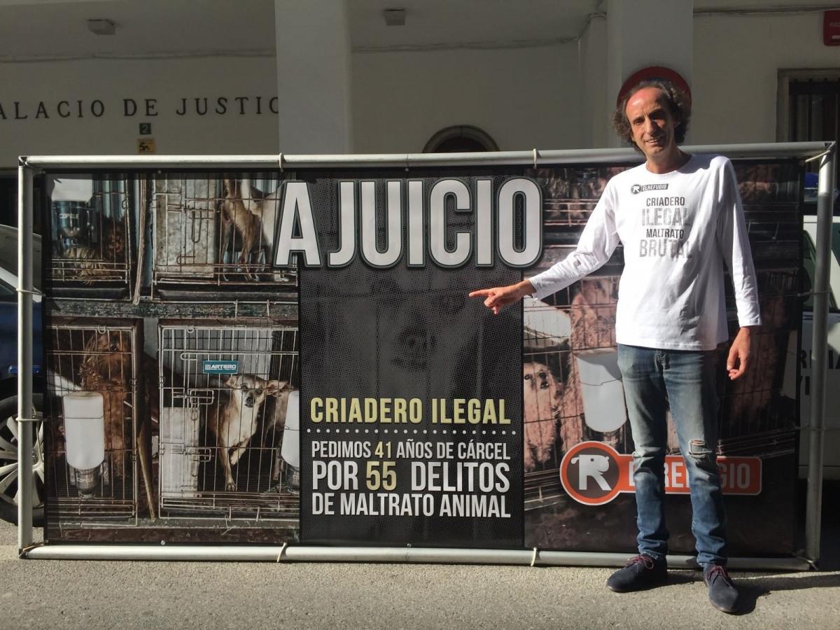 El presidente de El Refugio en los juzgados de Don Benito