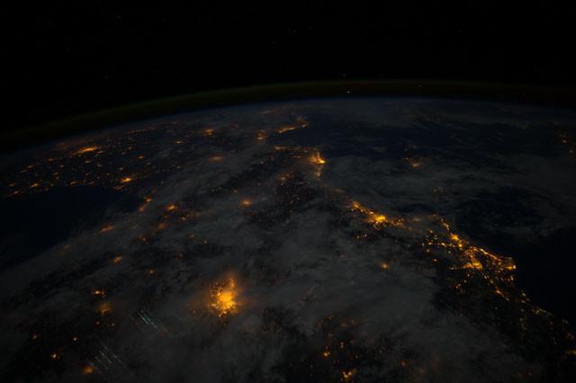 Imagen nocturna de la Penu00ednsula Ibu00e9rica