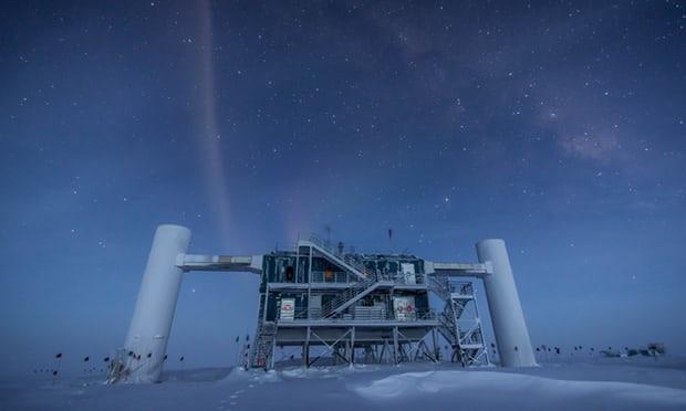 El laboratorio IceCube en la estaciu00f3n del Polo Sur de Amundsen Scott en la Antu00e1rtida. Felipe Pedreros IceCube NSF