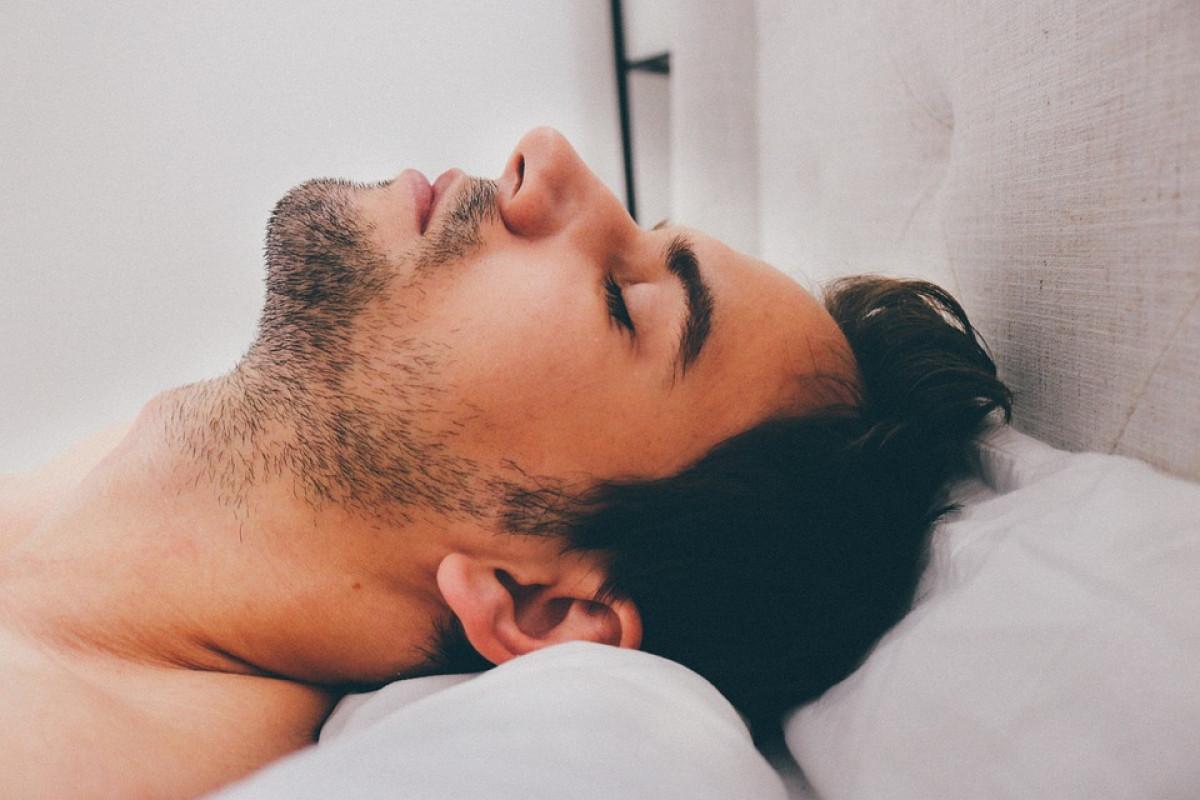 Dormir desnudo
