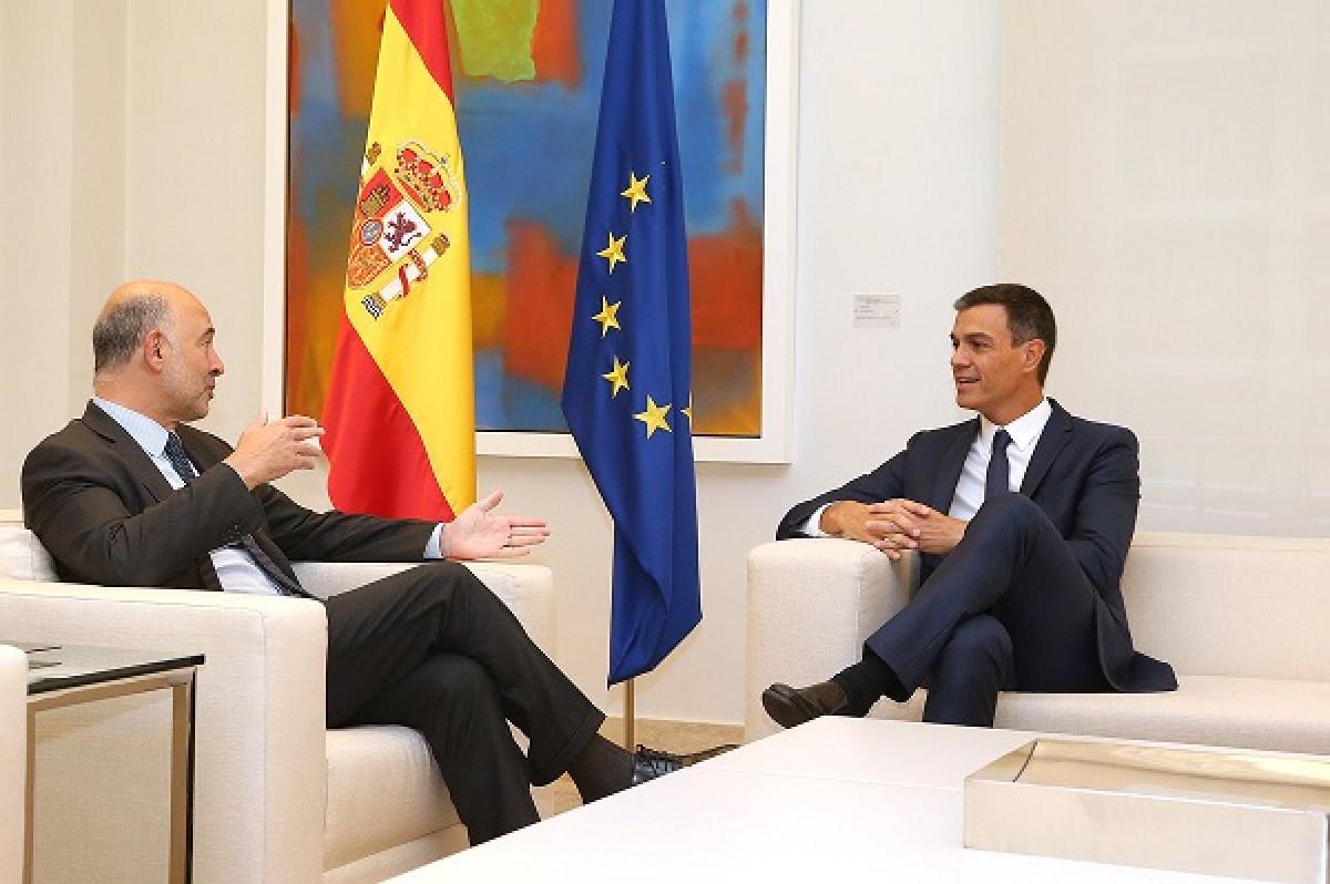 Reuniu00f3n entre Pedro Su00e1nchez y Pierre Moscovici