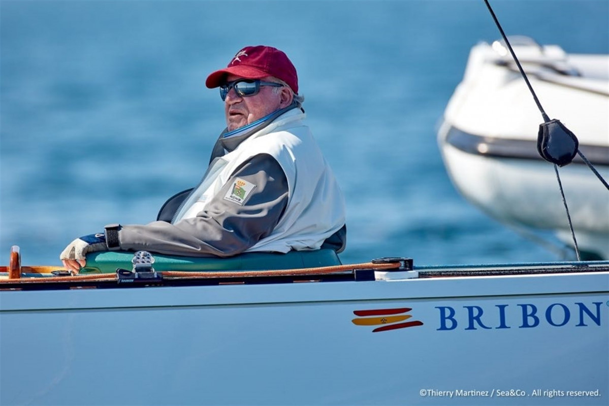 El rey Juan Carlos en el Europeo de vela de barcos clu00e1sicos