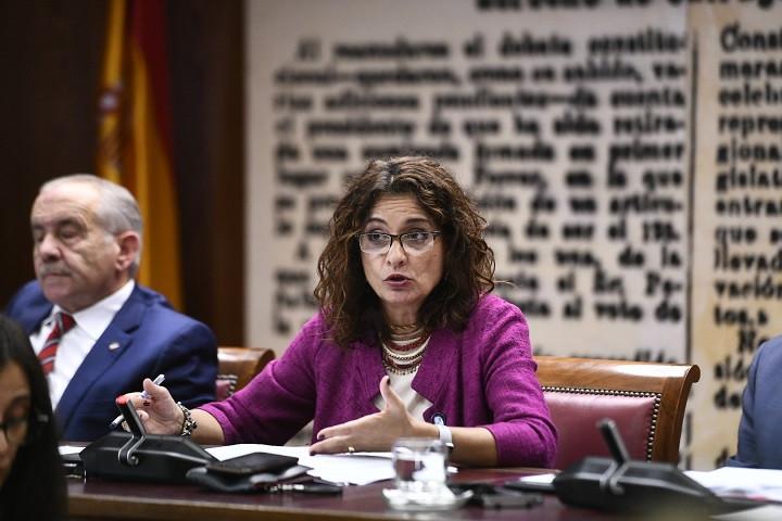 La ministra de Hacienda, Maru00eda Jesu00fas Montero, comparece en el Senado. Oscar del Pozo