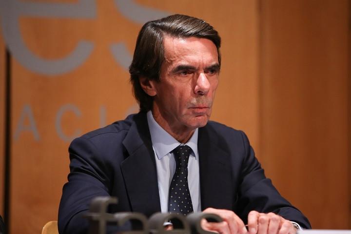 Aznar presenta la biografu00eda. Miguel Maura