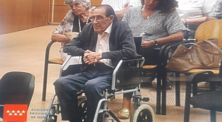El doctor Vela en la segunda sesiu00f3n del juicio de bebu00e9s robados