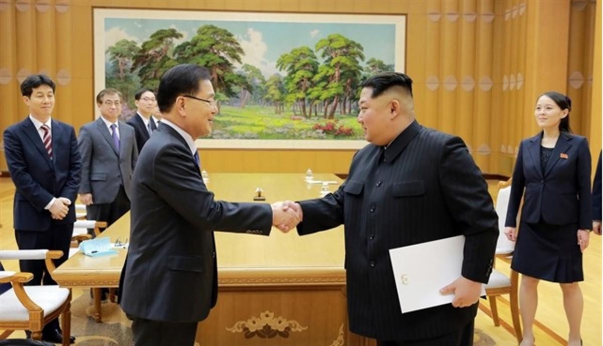 Moon Jae in y Kim Jong un. Reutres cedida por EP