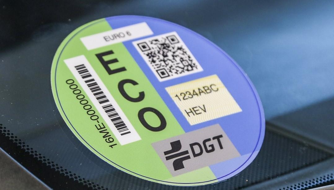 Coche con Etiqueta ECO ASENSI CARRICONDO Toyota