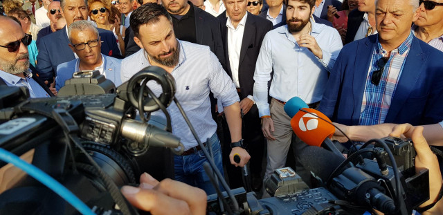 26M.- Abascal dice estar