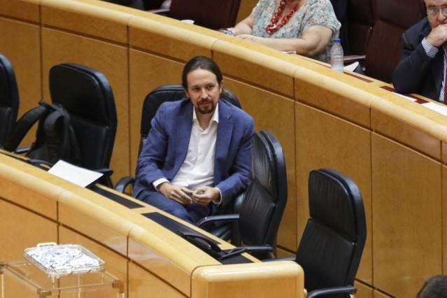 El Vicepresidente primero del Gobierno y Ministro de Derechos Sociales y Agenda 2030, Pablo Iglesias, durante una sesión plenaria en el Senado centrada en el debate con el Ejecutivo central en los rebrotes de Covid-19 surgidos en las últimas fechas en Esp