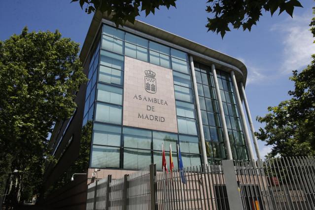 Exterior del edificio de la Asamblea de Madrid ubicada en la Plaza Asamblea,1, Madrid.