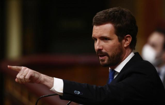 Casado pide al Gobierno apoyar la creación de una autoridad independiente para la gestión de los fondos europeos